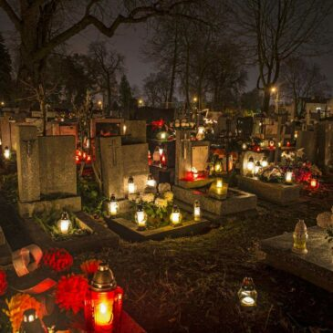 All Saints' Day: offices and warehouse in Lithuania and Spain closed